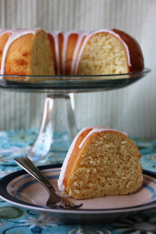 Lemon Bundt Cake {{Baking Bytes}}