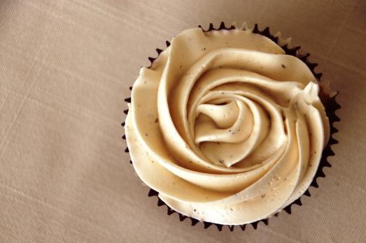 Vanilla Bean Cupcakes {{Baking Bytes}}