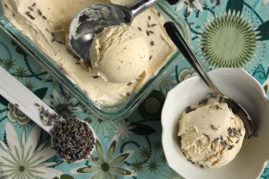 Lavender Vanilla Bean Ice Cream {{Baking Bytes}}