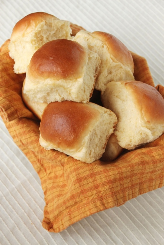 Perfect Dinner Rolls {{Baking Bytes}}