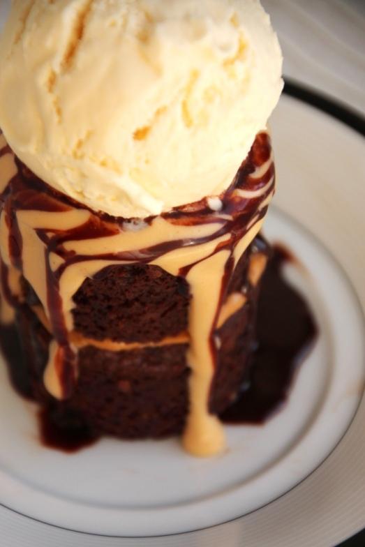 Mini Peanut Butter Torte a la Mode {{Baking Bytes}}