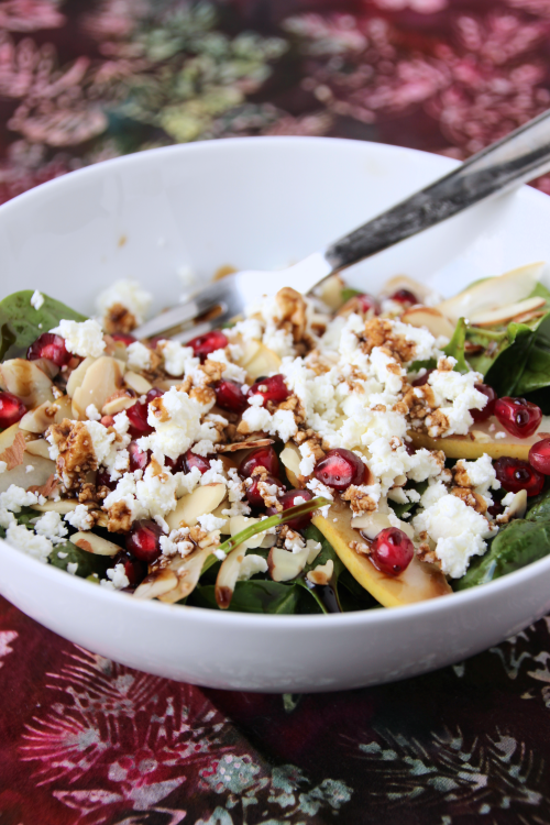 Pear & Pomegranate Salad {{Baking Bytes}}